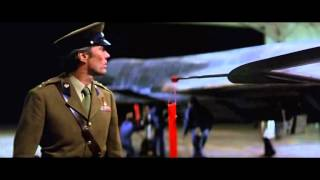 ILUSTRACIÓN DE FIREFOX; EL ARMA DEFINITIVA (1982-2014) [Versión Extendida]