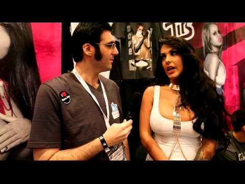 AVN 2013 Nina Mercedez Interview Tattle.XXX - Brewin After Dark