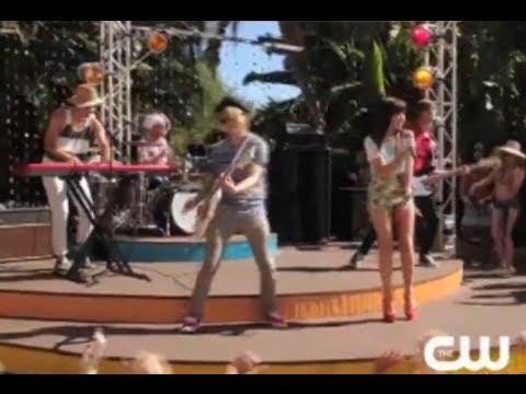 90210 5X01 Promo - Carly Rae Jepsen