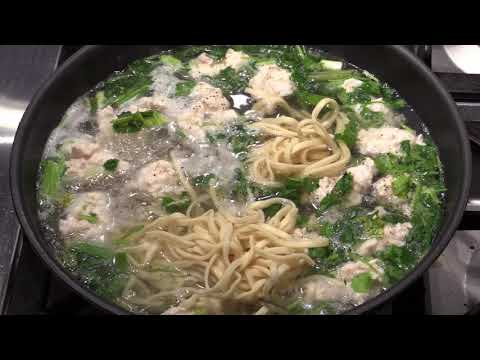 chinese-chicken-meatballs-noodles-soup