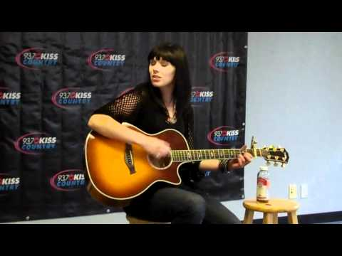 "Marlee Scott performs ""Planet of Your Own"" for 93.7 Kiss Country"