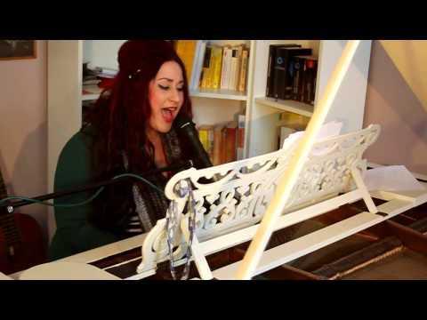 Beispiel: Karo Fruhner Video für Hochzeiten und andere Events, Piano und Gesang, Video: Karo Fruhner.