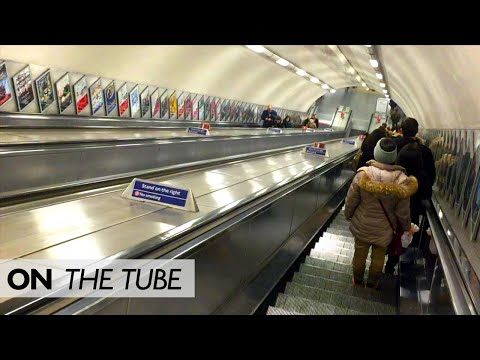 Changing At Green Park: Faster To Use The Escalators?