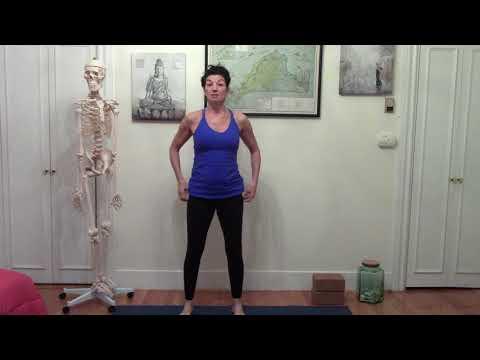 how-to-do-yoga:-the-bare-bones-yoga-learn-yoga-challenge-video-1