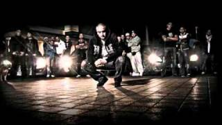 Haftbefehl ft.Azad & Jeyz -Von Bezirk Zu Bezirk