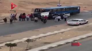 بالفيديو| حادث تصادم أتوبيس بميكروباص في مدينة نصر