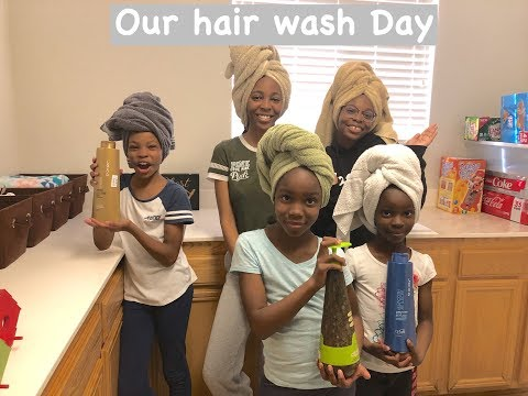 Hair hair and more hair: Wash day for the girls!