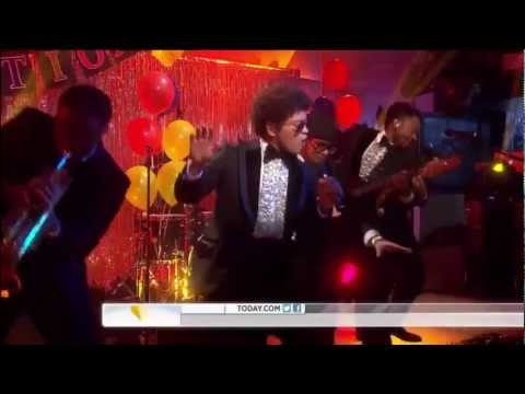 Bruno Mars - Locked Out Of Heaven [HD] -...