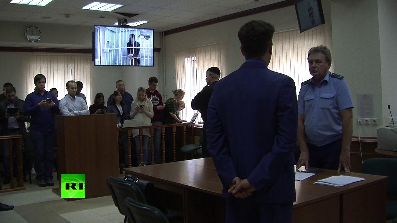 Сдержанность Мамаева и эмоции Кокорина: реакция футболистов на решение суда
