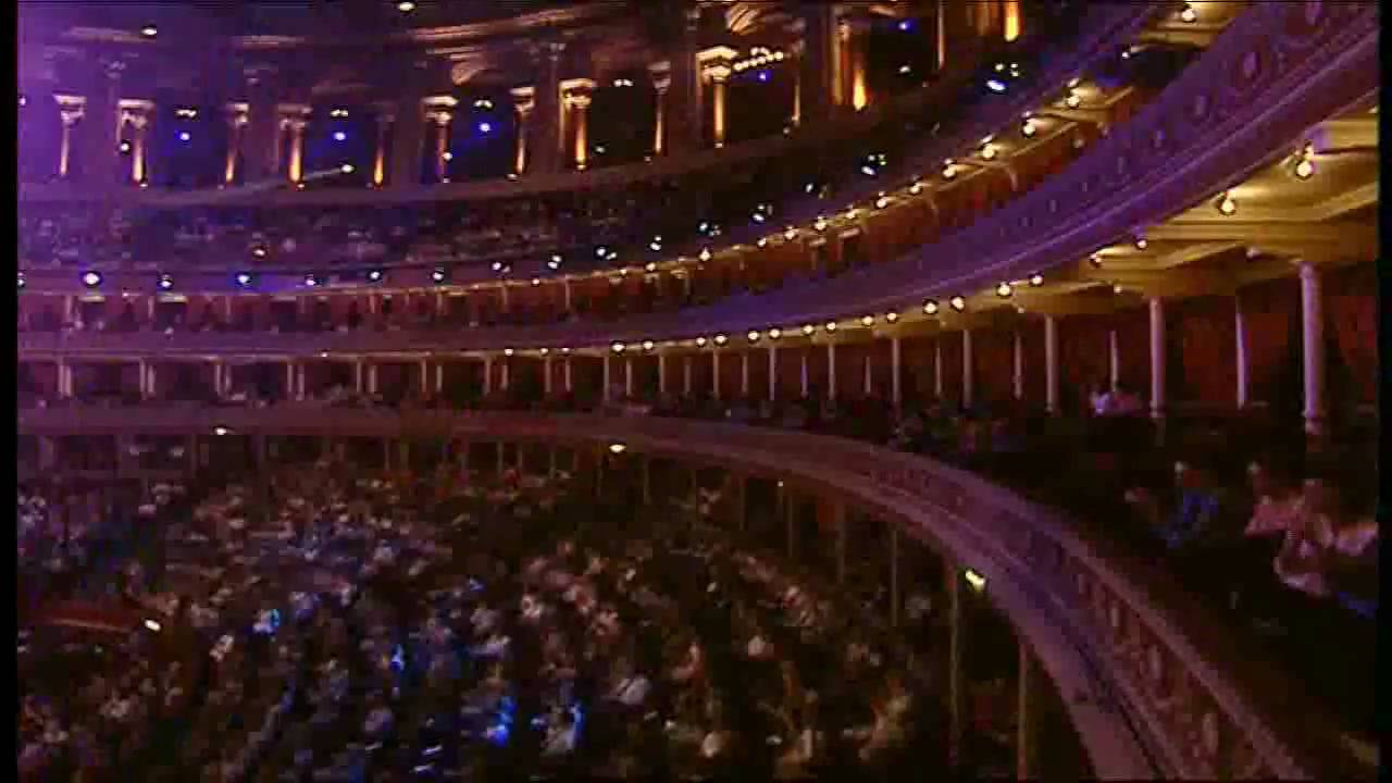 Hava naglia andre rieu live at the royal albert hall for Door 8 albert hall