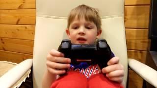1. Шок! Малыш разбирается в геймпаде playstation 3. Как он это запомнил за пару уровней?