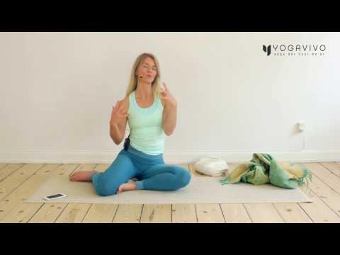 Yogisk energiboost med Jeppe Skovgaard from YouTube · Duration:  1 minutes 23 seconds