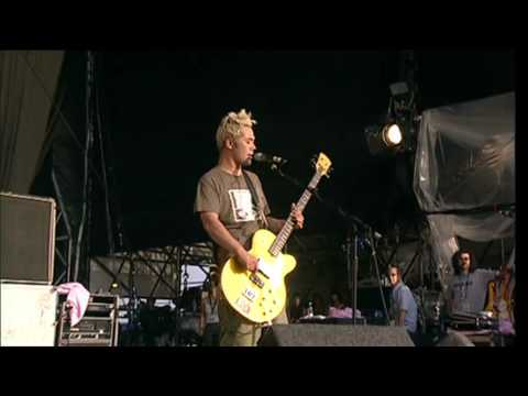 Feeder - Buck Rogers (Live at the Reading Festival 2001)