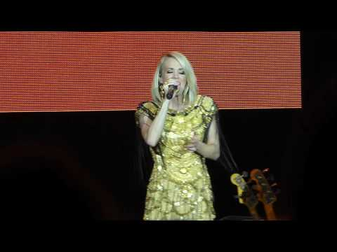"""""""Wasted"""" - Carrie Underwood at C2C, London, 2016."""