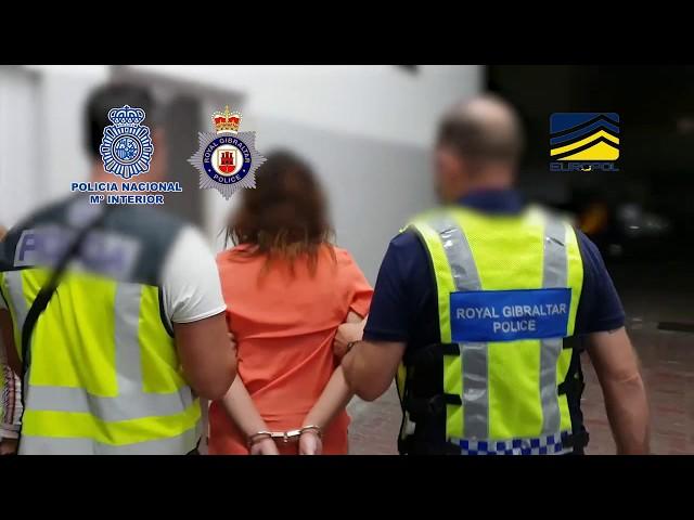 Detienen a 47 personas en una operación contra una red que traficaba con personas en Gibraltar