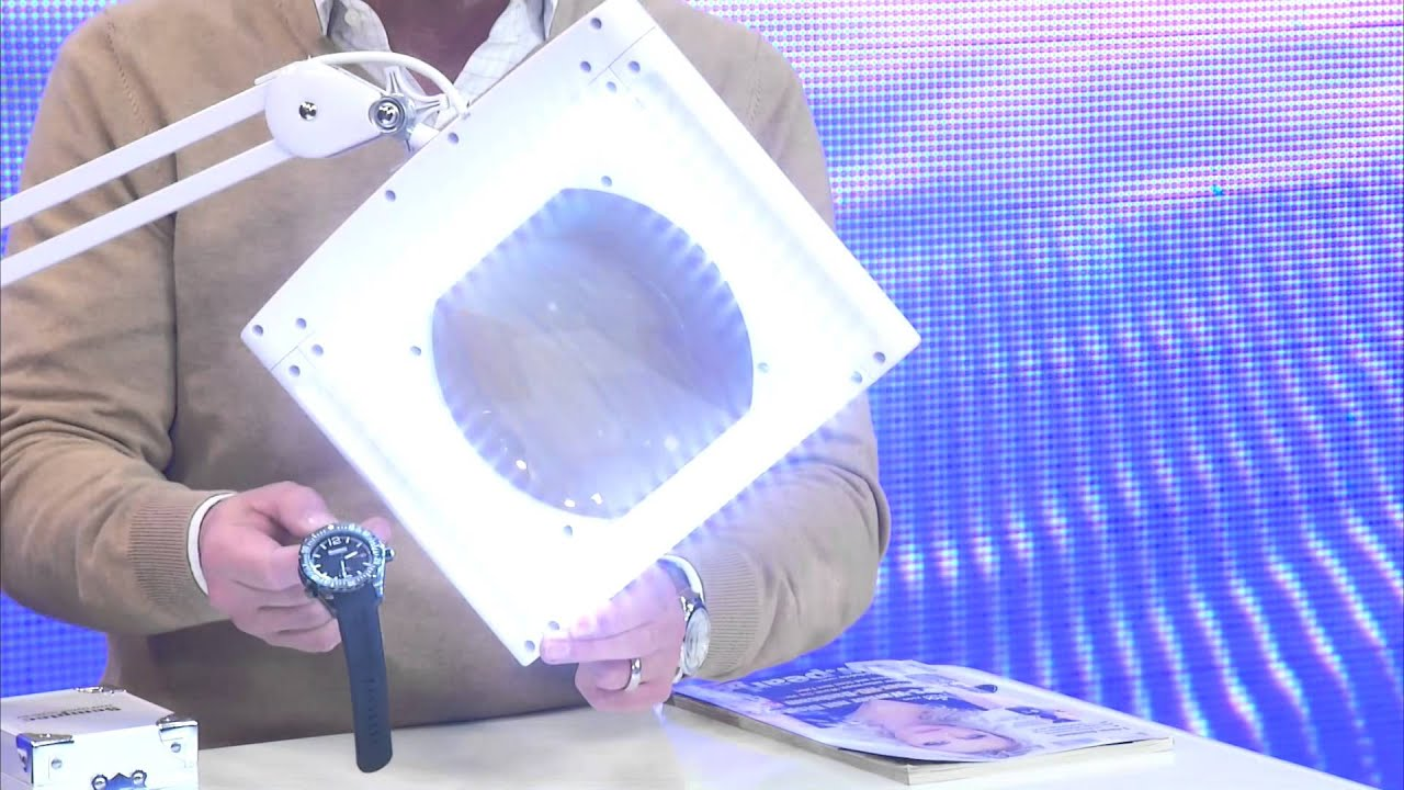 lunartec profi lupenlampe mit 5 watt led 3 dioptrien vergr erung youtube. Black Bedroom Furniture Sets. Home Design Ideas