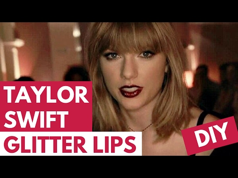 Taylor Swift GLITTER LIPS Tutorial! (TRY THE TREND) | Hollywire thumbnail