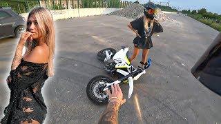 SCHLECHTE IDEE IHR mein MOTORRAD zu geben..