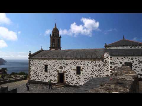 Tour La Coruña province with a hired mini bus or coach