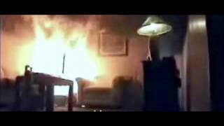 Как горит елка от гирлянды - МЧС Минск.wmv