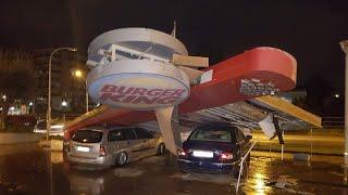 Impressionante tromba d'aria nel Casertano, le immagini dei danni