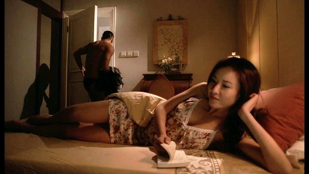 女警被勒索,只能卖身还债,却欲罢不能,黑老大称霸香港,谁能想竟是这样遭到团灭,《夺帅》一部被低估的黑帮电影。