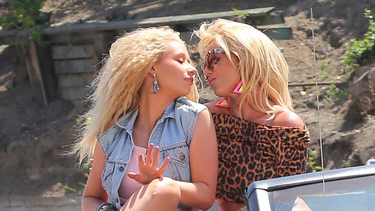 Iggy Azalea Kisses Britney Spears For Pretty Girls Music Video Youtube