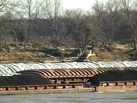 "OHIO RIVER ""AEP CAPT. BILL STEWART"" PUSHES COAL TO AEP ROCKPORT PLANT"