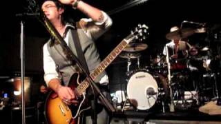 Three Days Grace - Someone Who Cares Live - Sony Soundstage