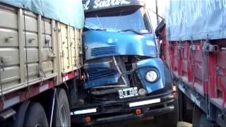 Choque de Camiones en Sanford