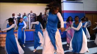 Word In Action Praise Dancers dance to Jekalyn Carr