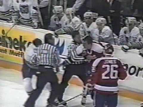 Paul MacDermid Vs Nick Kypreos Dec 16, 1992