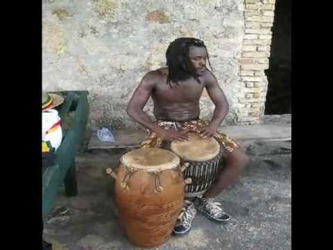 Louis Wonder - Trommellehrer aus Accra