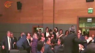 معركة بين النواب داخل البرلمان التركي    4-5-2016