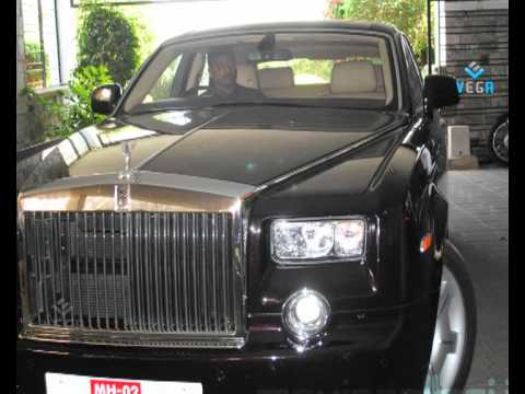 Chiranjeevi In Rolls Royce On Hyderabd Road Video - YouTube Chiranjeevi Cars