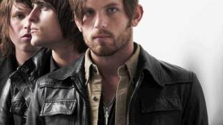 Kings Of Leon - Radioactive {REMIX} -LYRICS- MP3 Download- (HD)