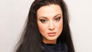 ВЫРАЗИТЕЛЬНЫЙ ВЕЧЕРНИЙ МАКИЯЖ !!!(Красивый вечерний макияж, который подчеркнет выразительность и красоту брюнеток. Отлично подойдет для..., 2013-12-13T22:12:46.000Z)