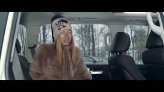Елена Лисовская рассказывает про зимний пакет Toyota Land Cruiser 200