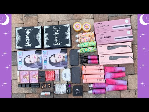 Leaping Bunny Approved Makeup Brands Giveaway | Cruelty-free Beauty