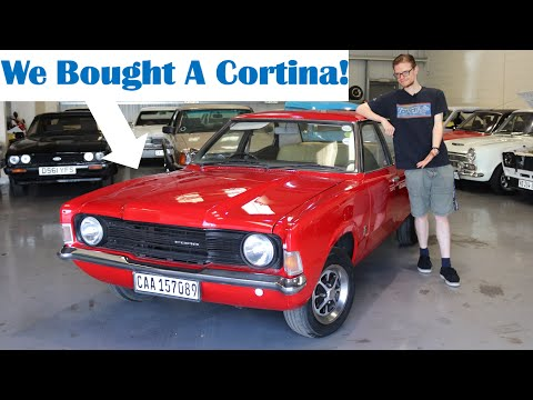 We Bought A Ford Cortina Mk3! A Classic Ford Joins The Fleet (1974 1.6 L Driven)