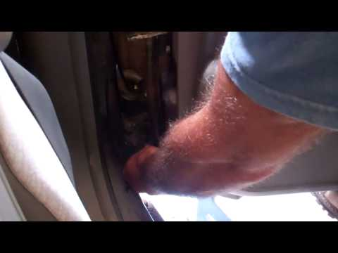 Removing a vehicle door and installing a new one