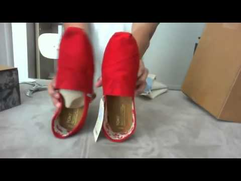 Greece TOMS Red Canvas Classics & Black Shoes Outlet For Women and Mens & Review