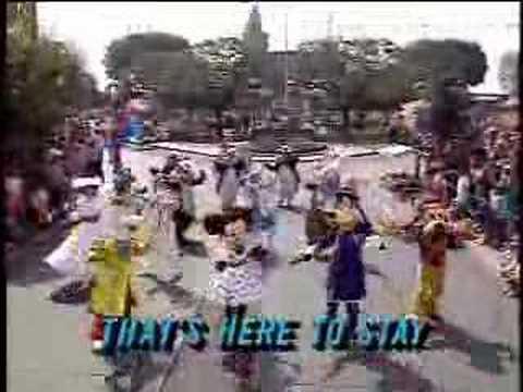 Disneyland: Walkin' Down The Middle of Main Street, USA