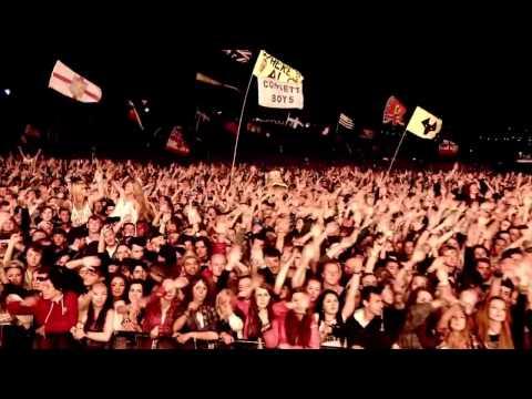 Arctic Monkeys - Pretty Visitors [Glastonbury 2013] HD