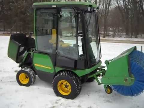 John Deere 1565 Front Mount Commercial Mower With Sweeper