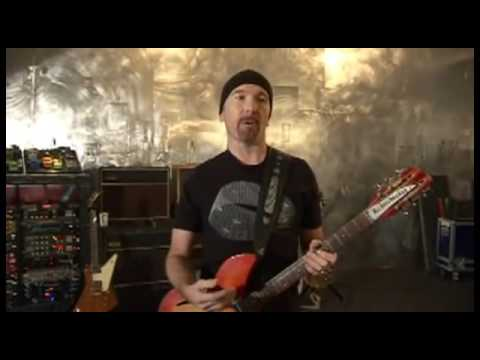 U2's The Edge demonstrating his guitar rig (2/2)