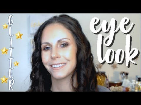GLITTERY SMOKEY EYE LOOK | Bare Bohemian