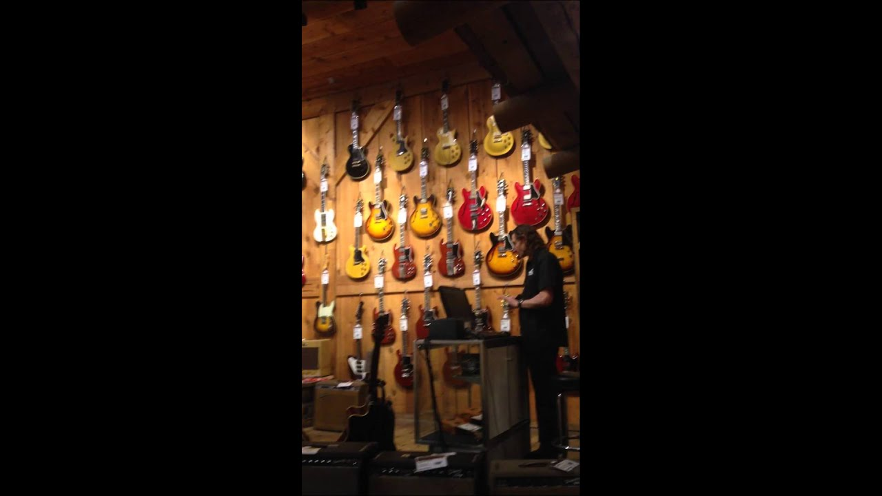 strolling around the vintage room of hollywood guitar center los angeles ca youtube. Black Bedroom Furniture Sets. Home Design Ideas