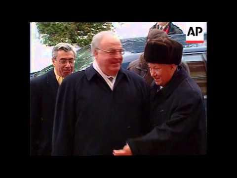 Russia - Visit Chancellor Helmut Kohl
