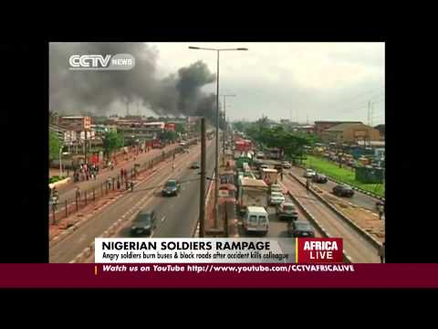 Nigerian Soldiers Rampage: Angry Soldiers Burn Buses & Block Roads After Accident Kills Colleague